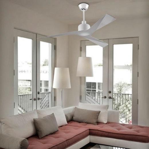 Потолочный люстра-вентилятор на фотографии