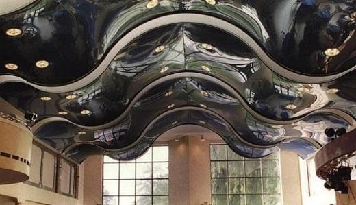 3D-потолок на фотографии