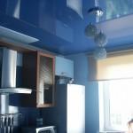 Обзор характеристик глянцевых натяжных потолков