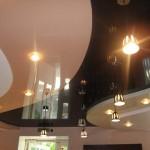 Характеристики и монтаж многоуровневых натяжных потолков
