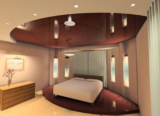 Глянцевые натяжные потолки достаточно часто используются в спальнях