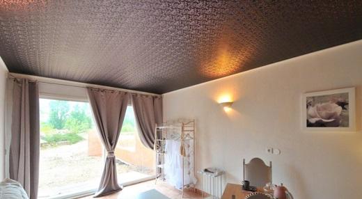 Тканевые натяжные потолки для спальни, имитирующие замшу