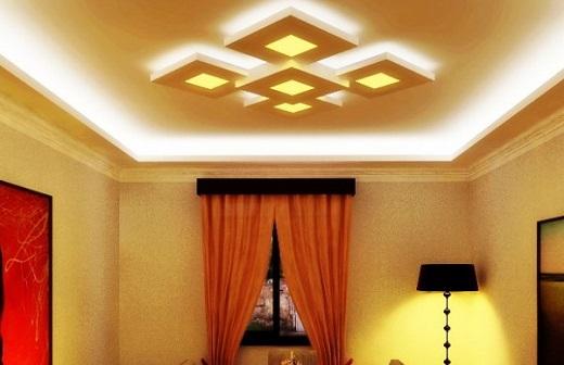 Парящий потолок на снимке