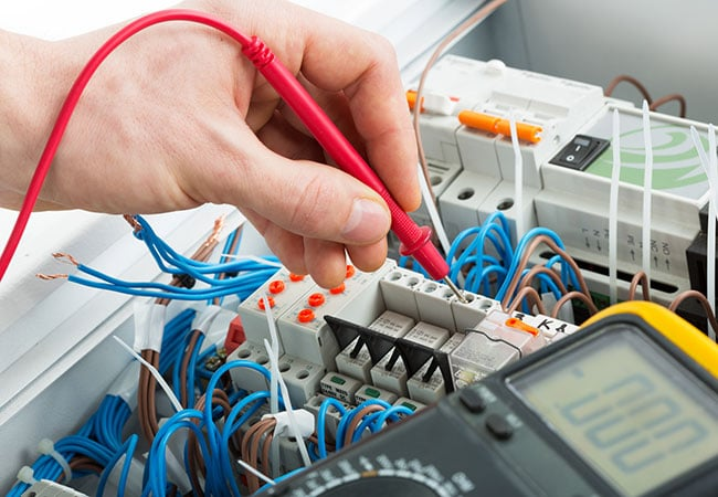 Electrician-Testing-Electrical-Circuits