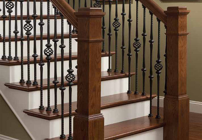 stairway-banisters_102517-650x450