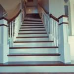 Лестницы из дерева на заказ от Пан Майстер