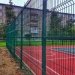 Забор из сетки для футбольных полей