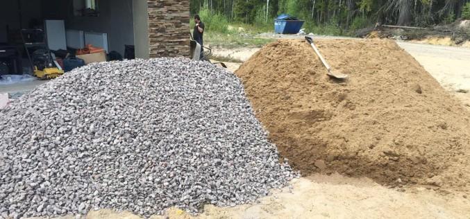 Песок и щебень с доставкой – быстро и недорого