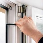 Ремонт окон и замена уплотнителя в пластиковых окнах