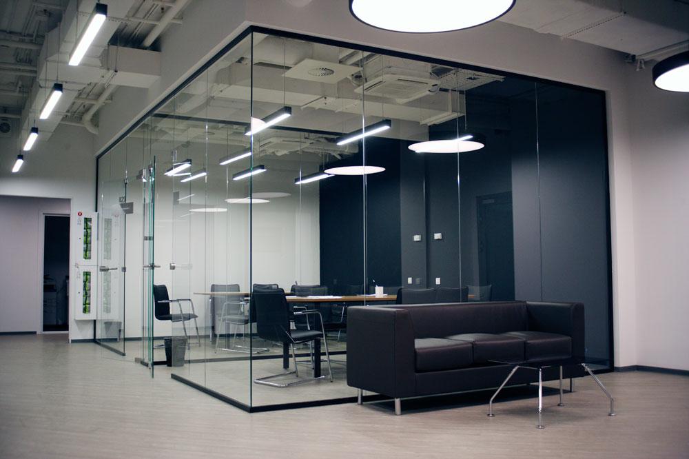20-ofisn-steklo