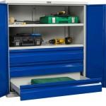 Шкафы инструментальные — популярная металлическая мебель