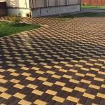 Предлагаем купить тротуарную плитку различных размеров и цветов