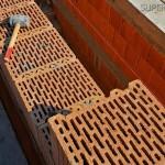 Якими позитивними якостями володіють керамічні поризовані блоки?